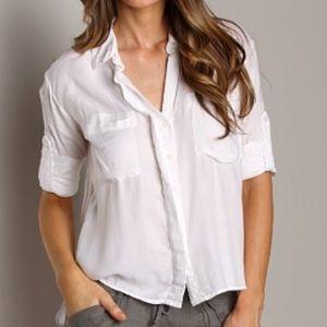 🎉HP🎉 Bella Dahl  Sofia slip back shirt